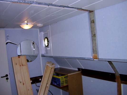 Removal of the first wall in the bunkbed rooms