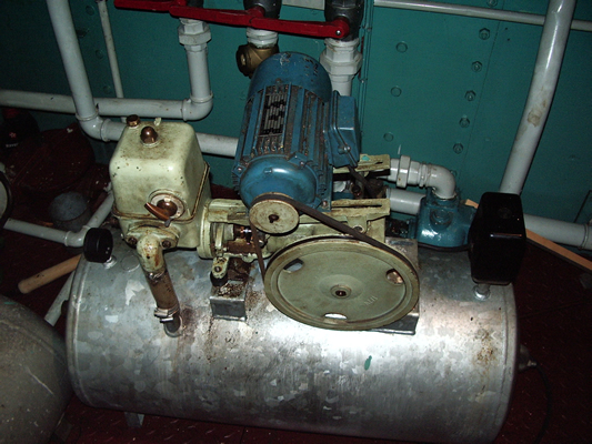 The old and busted pump